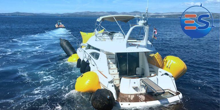 Pannendienst auf See - Bergung eines Bootes